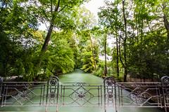 English Garden, Munich (mistermo) Tags: longexposure canon canoneos50d munich mnchen natur nature englischergarten park water