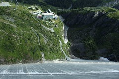 Dixence (bulbocode909) Tags: valais suisse dixence barrages montagnes routes maisons barragegrandedixence vert chapelle