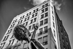 spark st. yearning (rick miller foto) Tags: ottawa parliament canada ontario spark street market statues mono monochrome bw