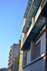 Bleue 2 (arrixaca15) Tags: friche belle mai arquitecture architecture arquitectura marseille marsella france street rue callejera ventanas luz lumiere bulbe