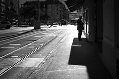 mystery man (gato-gato-gato) Tags: leica leicammonochrom leicasummiluxm50mmf14asph mmonochrom messsucher monochrom schweiz strasse street streetphotographer streetphotography streettogs suisse svizzera switzerland zueri zuerich zurigo black digital flickr gatogatogato gatogatogatoch rangefinder streetphoto streetpic tobiasgaulkech white wwwgatogatogatoch zrich ch manualfocus manuellerfokus manualmode schwarz weiss bw blanco negro monochrome blanc noir strase onthestreets mensch person human pedestrian fussgnger fusgnger passant sviss zwitserland isvire zurich