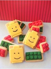 lego ...dont eat me (The Whole Cake and Caboodle ( lisa )) Tags: face cookies cookie sandra lego heads blocks lennox