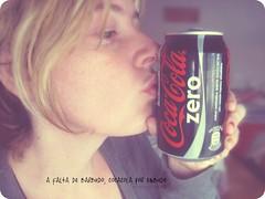 COLAZERO (CERRADA!! mimamolina) Tags: anuncio cocacola adicciones cero fresquitaesttanrica yocontrolopuedodejarlocuandoquiera dameunbarbudoyverscomonovuelvoaprobarlacocacola tampocolehagodaoanadie