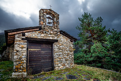 Andorra churches & chapels: Vall d'Orient (lutzmeyer) Tags: old autumn oktober history nature architecture clouds arquitectura october europe roman kultur religion herbst natur wolken chapel natura historic architektur octubre romanesque past bauwerk chapelle historia cultura andorra pyrenees romanic iberia romanico historie pirineos pirineus tardor nuvols iberianpeninsula geschichte pyrenen kapelle religio vergangenheit otono cultur capilla historisch capella glaube romanisch romanik bedeckt encamp romanesquearchitecture religiousbuilding iberischehalbinsel romanischearchitektur elscortals valldorient vallorient encampparroquia lutzmeyer lutzlutzmeyercom esglesiasantfelipelscortals