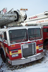 Retired OFS 75-6234 Pacific Anderson Bronto 33-2T1 Skylift platform tower firetruck Ottawa, Ontario Canada 4 01172008 ©Ian A. McCord (ocrr4204) Tags: red ontario canada truck ian kodak ottawa firetruck camion parked mccord retired outofservice ofd ofs z740 a ottawafiredepartment ottawafireservices