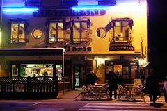 Le Doris (S amo) Tags: light mer colors night restaurant seaside brittany neon lumière couleurs bretagne breizh fluorescent doris nuit finistere penmarch bigouden borddemer ledoris