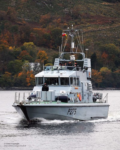 uk university ship argyll military royal free equipment british naval defense defence ftb unit royalnavy urnu p2000 faslane archerclass p275 hmsraider fasttrainingboat