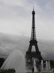 P1190092 (sOoZ__) Tags: paris france de tour capital eiffel dame fontaine fer carroussel cheveux