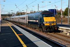 82203, Biggleswade (Howard_Pulling) Tags: station train nikon beds rail railway zug trains bahn railways biggleswade ecml d5100 bedfordfordshire