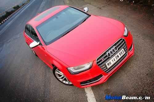2013-Audi-S4-60