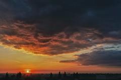 20082016 sunrise (rgbshot72) Tags: sky landscape sunrise morning blue contrast sun clouds horizon red august nikon d800e purple summer