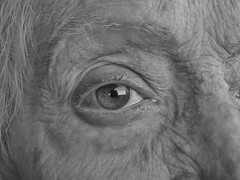 ninety one (laurasaviola) Tags: photo photography pics photoftheday photographie photoitalia photograph picture portrait picoftheday occhi occhio eyes eye blackandwhite black white 91 ninetyone ninety ritratto scatto biancoenero nonna abuela grandma rome rossi roma monocromo mono olympus olympuse450 olym olympusdigitalcamera e450 infinito laurasaviola laurasaviolafoto adriana