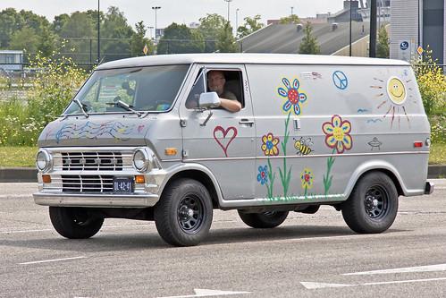 Ford Econoline Custom 100 Camper 1972* (9489)
