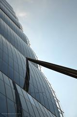 Waves and the sky @ City Life (Milan) (Stefano Ruggeri) Tags: citylife torreizozaki torreallianz ildritto portello cladding milano milan architettura architecture italia italy lombardia building skyscraper grattacielo
