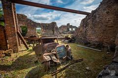 _Q8B0092.jpg (sylvain.collet) Tags: france ruines ss nazis tuerie massacre destruction horreur oradour histoire guerre barbarie