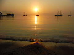 DSCF0033 (iboman) Tags: data gn doumu gne mediterranean sun rise