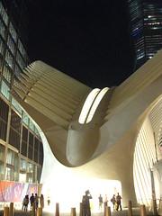 IMG_6663 (gundust™) Tags: nyc ny usa september 2016 newyork newyorkcity manhattan architecture wtc worldtradecenter calatrava station path wtctransportationhub transportationhub void oculus wings sculptural verticality white steel glass lighting sun alignment 911 september11 memorial