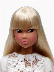Hina (yoshi_lapoo) Tags: momoko doll petworks pw ccs sekiguchi todays 13hb honeyface tanned hina