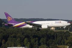 HS-TJR ZRH 28.08.2016 (Benjamin Schudel) Tags: lszh zrh zurich switzerland airport kloten thai airways international boeing b777200 hstjr