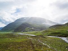 Zwischen dem Regen (~janne) Tags: berge europa himmel kamera umwelt clouds em1 environment europe lappland omd schweden sky sonne sun wolken norrbottensln se