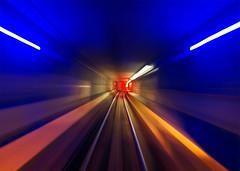Tardis runway (Repp1) Tags: bc canada skytrain vancouver speed vitesse metro subway tube tunnel perspecctive motionblur floucintique floudemouvement