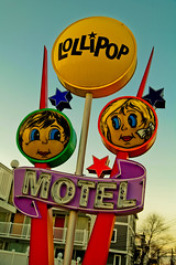 Lollipop Motel (TooMuchFire) Tags: wildwood doowop motel motels vintage sign signs neon jersey wildwoodsigns doowopsigns vintagesigns vintagesignage vintageneonsigns vintageneonsign vintageneon oldsigns oldsign signage typography newjersey 2301atlanticavewildwoodnj retrosigns retrosign retrosignage lollipopmotel 1950s americana