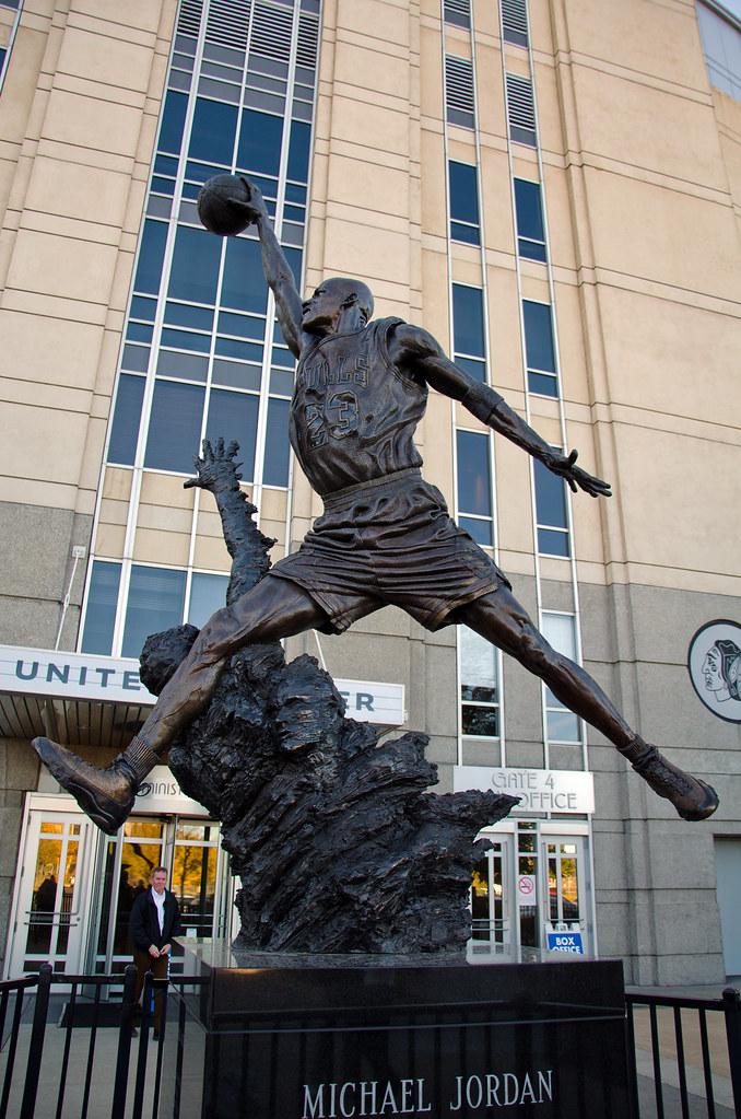 4d430c56214 Chicago, Day 2 (RuggyBearLA) Tags: chicago sports statue illinois bulls  blackhawks unitedcenter