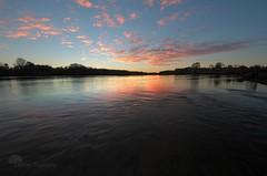La couleur de l'amiti (photosenvrac) Tags: eau ciel loire couleur fleuve thierryduchamp
