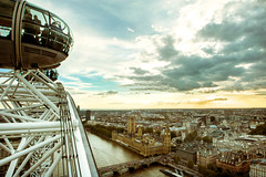 London Eye, 2012 (lambertwm) Tags: sunset panorama london eye westminster westminsterabbey thames clouds river zonsondergang view dusk wolken housesofparliament uitzicht reuzenrad schemering rivier