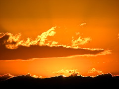 lake.champlain • sunset (origamidon) Tags: sunset usa clouds burlington vermont vt lakechamplain adirondackmountains greenmountainstate chittendencounty 05408 origamidon donshall 6thgreatlake burlingtonvermontusa