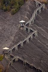Strata (bior) Tags: rock stairs quebec strata geology 70300l canoneos5dmarkii 5d2 ef70300mmf456lisusm
