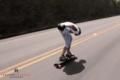 tomar vuelo (Andres Cuartas - Photography II) Tags: colombia lifestyle downhill longboard pereira longboarding monx longboardskate longbrothers andrescuartas davidcalderon punto30