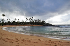 Po'ipu beach (heartinhawaii) Tags: sea nature clouds palms hawaii sand cloudy stormy rainy kauai poipu poipubeachpark kauaiinoctober