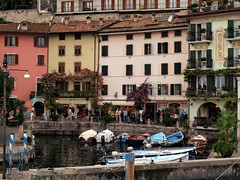 Limone sur Garda, Italy (saxonfenken) Tags: windows italy port buildings boats waterfront harbour limone lakegarda 219 gamewinner challengeyouwinner pregamewinner limona10thoct 219boats