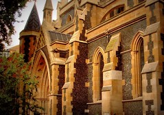 London Southwark cathedral (Germán Vogel) Tags: england london church architecture facade europe cathedral britain religion christian christianity anglican southwark churchofengland westeurope