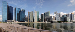 Not a Single Soul @ Marina Bay... (williamcho) Tags: architecture singapore reservoir financialdistrict hsbc offices solitaire customshouse ntuc keppel cliffordpier marinabay maybank oue standardcharteredbank thesail busuness flickraward riverpromenade mbfc flickrestrellas marinabayfinancialcentre fullertonbayhotel williamcho ouetower