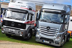 Mercedes Benz Actros MP4 YR12 FHU (truck_photos) Tags: