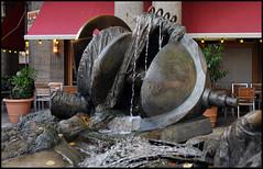 Bert Gerresheim: Das Tal der Wupper. Bronze (1980/81) (wwwuppertal) Tags: sculpture art fountain bronze germany deutschland kunst brunnen skulptur nrw wuppertal bergischesland nordrheinwestfalen barmen northrhinewestphalia nikond90 afdzoomnikkor354528105mm bertgerresheim johannesrauplatz afnikkor28105mm13545d afzoomnikkor28105mmf35~45difmacro