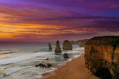 The 12 Apostles at Sunset. (kc_y0 (Away for a while)) Tags: ocean road sunset sky nature colours 5 sony great melbourne victoria limestone 12 apostles nex