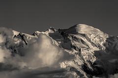 Au Pays du Mont Blanc (Frdric Fossard) Tags: texture nature monochrome montagne alpes noiretblanc altitude grain glacier nuage paysage chamonix montblanc aiguilledumidi hautesavoie sommet srac crtes cimes montmaudit massifdumontblanc hautemontagne rimaye artes