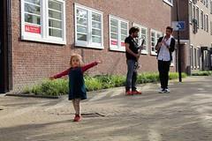 Oguz Buyukberber & Ghaet Almaghoot 7462-6_9000 (Co Broerse) Tags: music composedmusic contemporarymusic poetry vocalmusic eendagsliederen uitoost songsandpoetryfromtheeast amsterdam 2016 cobroerse buurtfeest hetgeluidvanoost batjanzaal oguzbuyukberber bassclarinet ghaetalmaghoot clarinet performance
