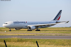 CDG Spotting Air France Airbus A330-203 F-GZCE (AlainG) Tags: plane avion cdg charledegaulle airport aeroport spotting airbusa330 airfrance taxiway fgzce canon5d markiii liner aviation a330203 iledefrance france