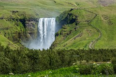Skogarfoss Iceland (Einar Schioth) Tags: skogarfoss sky summer sunshine water waterfall day canon cliff canyon nationalgeographic ngc nature landscape photo picture outdoor iceland sland trees tree grass grassland einarschioth