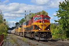 Grain in Gardner (JaiJad) Tags: loaded lgt graintrain ma gardner unionpacific emdsd70 freighttrain railroad train kansascitysouthern