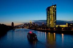 EZB / Frankfurt am Main (Splitti68) Tags: europa europe deutschland germany hessen frankfurt frankfurtammain main ezb dmmerung schiff splitti splitti68 splittstser splittstoesser