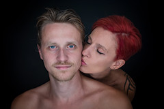 (Lova Photo - Vanessa Longo Renard) Tags: couple portrait colors ringlight love studio woman man