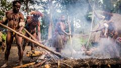 Cooking with Earth Oven Method (tehhanlin) Tags: indonesia papua westpapua irianjaya wamena jayapura nusantara sony a7r2 a7rm2 humaninterest tribe thedanis sukudani portrait pigfeast earthoven ngc