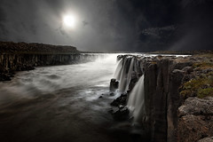 Selfoss (Carles9) Tags: water night photoshop canon eos noche waterfall iceland islandia mark ii cascada selfoss 1635mm 1635l 1635ii 5dii
