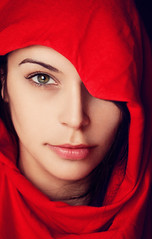 La Sorcire (AnnuskA  - AnnA Theodora) Tags: red portrait selfportrait green beauty closeup photography intense eyes witch lips stare cloth sorceress sorcerer