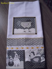 Mais um... (Retalhos Da Vovó & Dolls ®) Tags: patchwork cozinha galinhas panodeprato